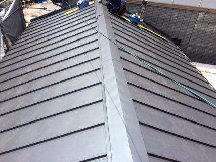 金属屋根のメリットとデメリット